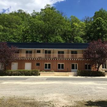 hôtel - Les Tilleuls - Bruère-Allichamps